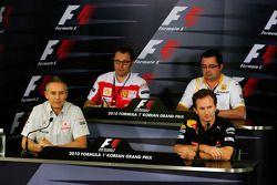Conférence de presse FIA : Stefano Domenicali, directeur général de Ferrari, Éric Boullier, directeur général du Renault F1 Team, Martin Whitmarsh, CEO de McLaren et Christian Horner, directeur général de Red Bull Racing