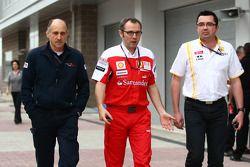 Franz Tost, directeur général de la Scuderia Toro Rosso avec Stefano Domenicali directeur général de
