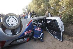 Crash for Kimi Raikkonen and Kaj Lindstrom, Citroën C4 WRC, Citroën Junior Team