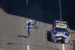 La Ford Performance Racing N°6 de Steve Richards et de Will Power abandonne après un accident dès le premier tour