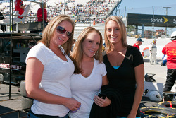 Katie Stallings, Mandy St. Clair et Tonya Black