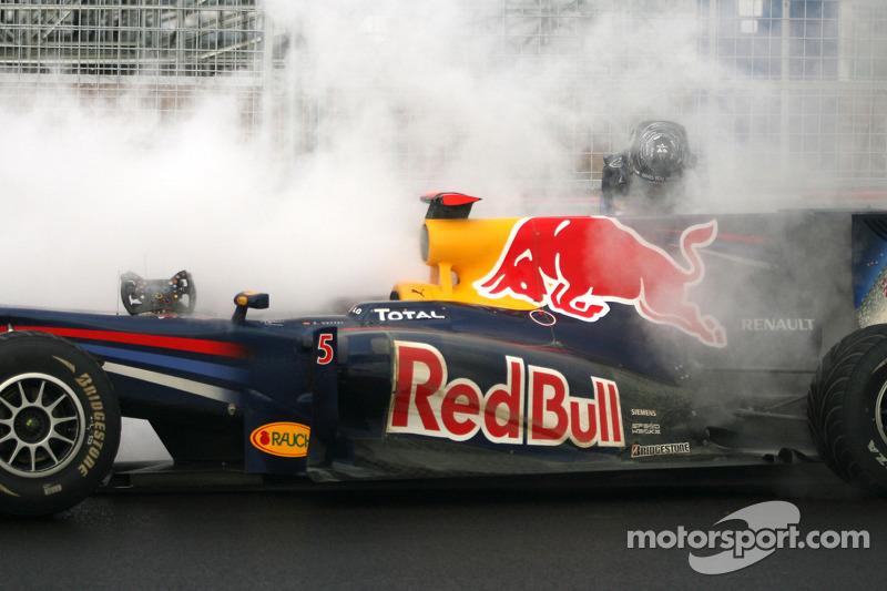 Sebastian Vettel, Red Bull Racing, motor opgeblazen