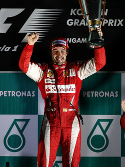 Podium: race winner place Fernando Alonso, Scuderia Ferrari
