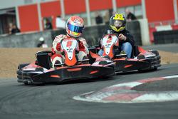 GT1 Karting in Navarra: Christoffer Nygaard houdt Johnny Herbert achter zich