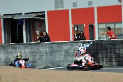 GT1 Karting in Navarra: Christoffer Nygaard wint 2 voor Johnny Herbert