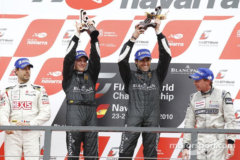 Podium: race winnaars Frank Kechele en Ricardo Zonta
