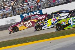 Tête-à-queue pour Clint Bowyer (Richard Childress Racing Chevrolet)