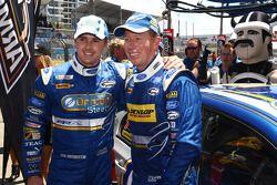 Mark Winterbottom et Steve Richards monopolisent la première ligne pour Ford Performance Racing