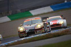 #26 Cinecitta Taisan Porsche: Masayuki Ueda, Shogo Mitsuyama