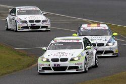 Augusto Farfus, BMW Team RBM BMW 320si, Sergio Hernandez, Scuderia Proteam Motorsport BMW 320si and
