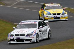 Andy Priaulx, BMW Team RBM BMW 320si et Colin Turkington, eBay Motors BMW 320si