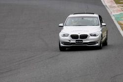 La BMW de tête