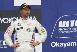 Podium: Andy Priaulx, BMW Team RBM BMW 320si