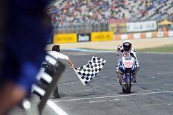 Jorge Lorenzo, Fiat Yamaha Team takes the checkered flag