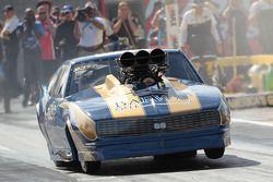 2010 Pro Mod Champion Von Smith et 1968 Blown Chevrolet Corvette