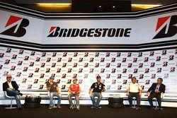 Бруно Сенна, Hispania Racing F1 Team, Фелипе Масса, Scuderia Ferrari и Лукас ди Грасси, Virgin
