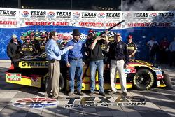 Polepositie Elliott Sadler, Richard Petty Motorsports Ford