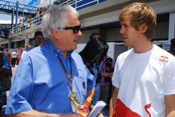 Чарли Уайтинг и Себастьян Феттель, Red Bull Racing