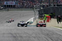 Нико Хюлькенберг, Williams F1 Team и Льюис Хэмилтон, McLaren Mercedes