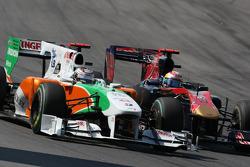 Адриан Сутиль, Force India F1 Team и Себастьен Буэми, Scuderia Toro Rosso