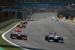 Льюис Хэмилтон, McLaren Mercedes и Нико Хюлькенберг, Williams F1 Team