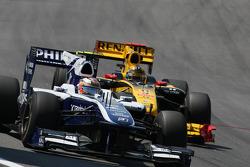 Nico Hulkenberg, Williams F1 Team and Robert Kubica, Renault F1 Team
