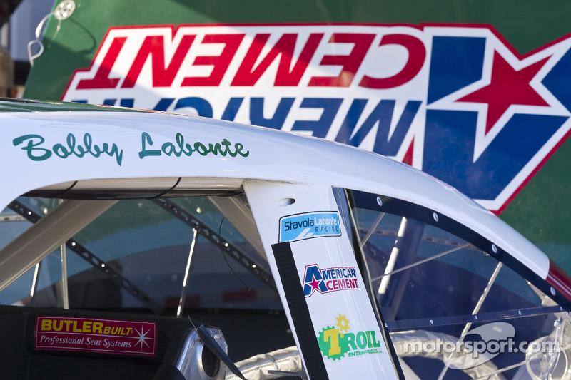 Auto van Bobby Labonte, Stavola Labonte Racing Chevrolet