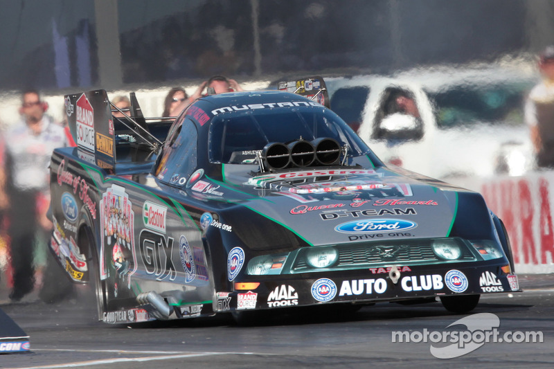Ashely Force Hood, Castrol GTX Ford Mustang