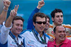 Barwa Addax Team viert zege Sergio Perez