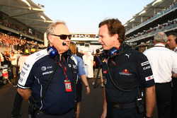 Patrick Head (chef de l'ingénierie Williams) et Christian Horner (directeur sportif Red Bull)