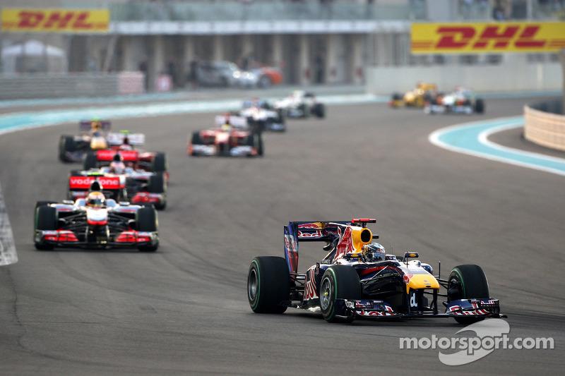 Sebastian Vettel devance Lewis Hamilton, McLaren Mercedes
