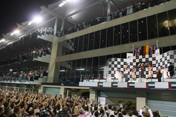 Podio:il vincitore e Campione del Mondo di Fomula 1 anno 2010 Sebastian Vettel, Red Bull Racing, festeggia