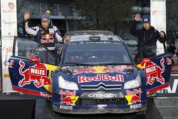 Podium: 8th place Kimi Raikkonen and Kaj Lindstrom