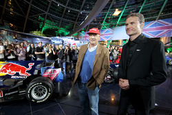 Niki Lauda and consultant David Coulthard