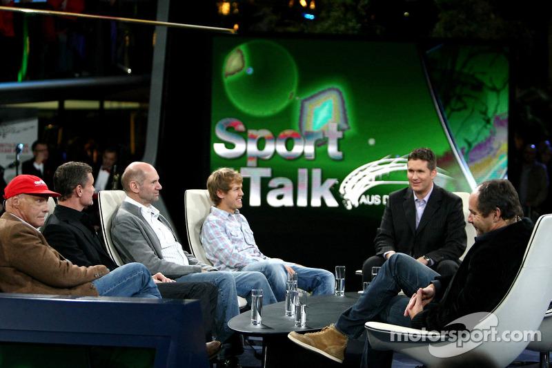 Niki Lauda, David Coulthard, Adrian Newey, Sebastian Vettel, Andreas Groebl et Gerhard Berger