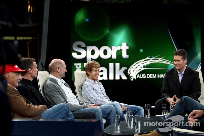 Niki Lauda, David Coulthard, Adrian Newey, Sebastian Vettel et Andreas Groebl