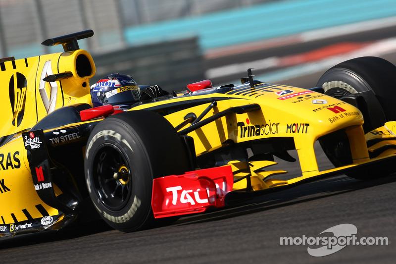 2010 год, тесты с Renault F1 Team
