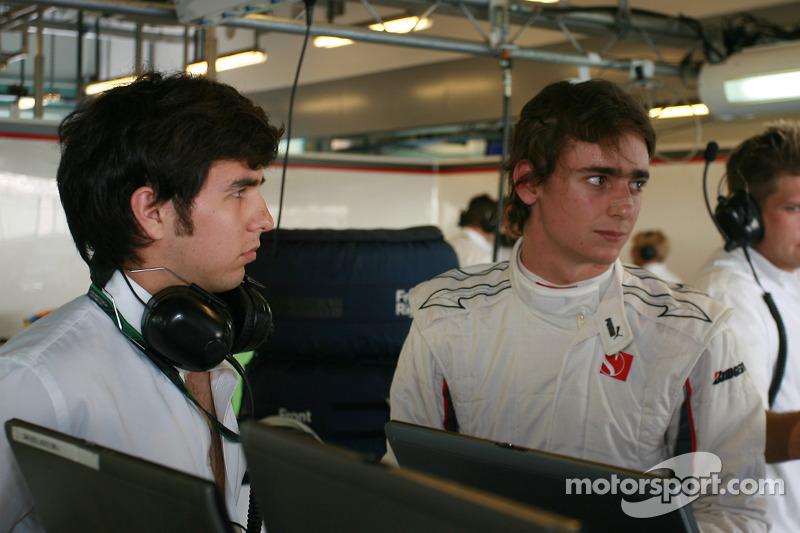 Sergio Pérez (20 años) con Esteban Gutiérrez (19 años) , BMW Sauber F1 Team