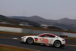 #66 triple a Vantage GT2: Hideshi Matsuda, Hiroki Yoshimoto