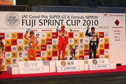 Podium GT300: 1er Katsiyuki Hiranaka, 2e Yuji Kunimoto, 3e Tomonobu Fujii