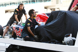Sebastian Vettel, Red Bull Racing has yet another problem ve his rear left tire