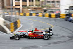 Lucas Foresti, Fortec Motorsport