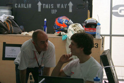 David Brabham discute avec James Calado