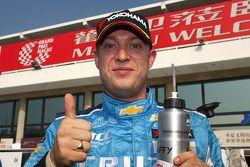 Pole position for Robert Huff, Chevrolet, Chevrolet Cruze LT