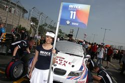 Pitspoes van Andy Priaulx, BMW Team RBM BMW 320si