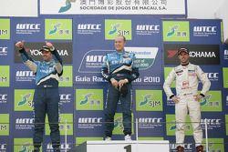 Podium Race 1, 2de Yvan Muller, Chevrolet, Chevrolet Cruze LT, 1ste Robert Huff, Chevrolet, Chevrole