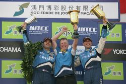 Podium Race 1, 2de Yvan Muller, Chevrolet, Chevrolet Cruze LT, Eric Neve, Chevrolet, Chevrolet Cruze