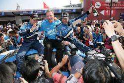 Manufacter's Championship for Chevrolet, Robert Huff, Chevrolet, Chevrolet Cruze LT and Yvan Muller, Chevrolet, Chevrolet Cruze LT