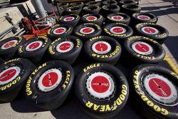 Wielen en banden Aric Almirola, Richard Petty Motorsports Ford
