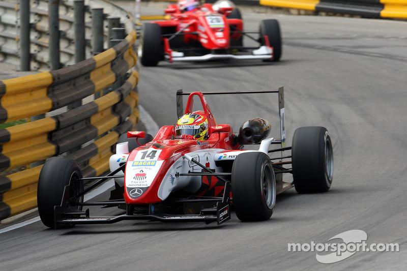2010: Dallara F308 Mercedes, GP Makau